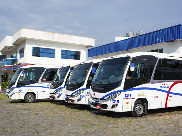 Locação de micro-ônibus em Alphaville - 1