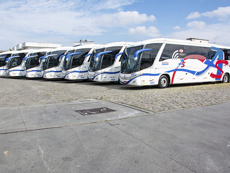 Locação de Ônibus - 2